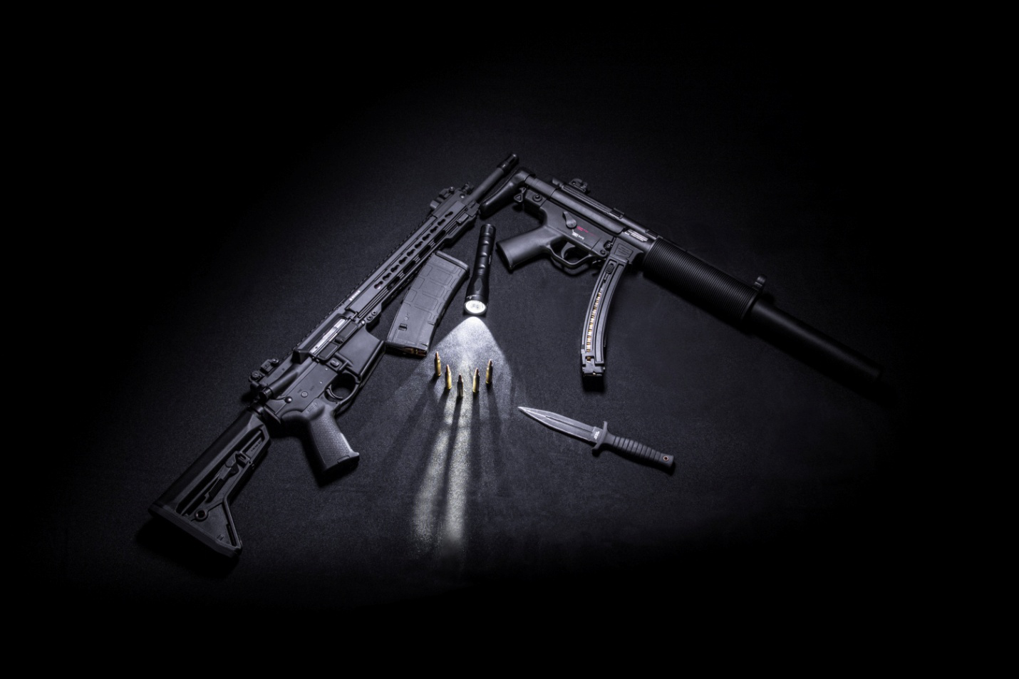 4 Best Guns for Protecting your Home Against Intruders